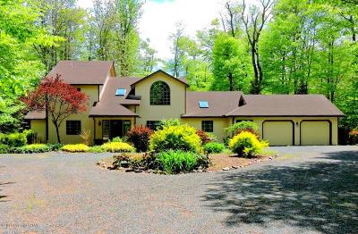Timber Trails Single Family Home For Sale: 181 Golfers Way