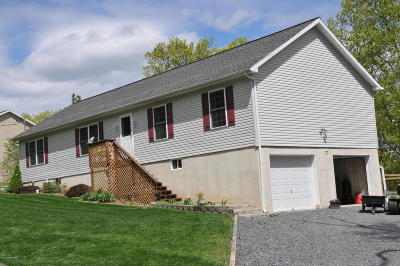 Henryville Single Family Home For Sale: 307 Bromley Rd