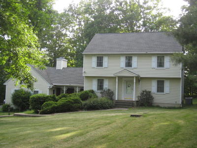 Single Family Home For Sale: 121 Wyndham Drive