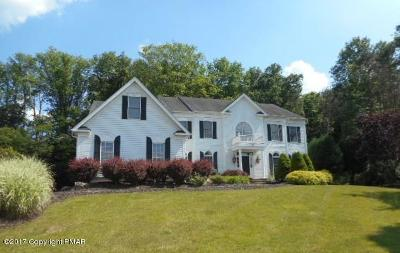 East Stroudsburg Single Family Home For Sale: 190 Rising Meadow Way