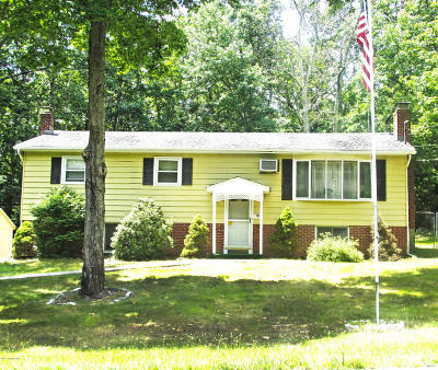 Tannersville Single Family Home For Sale: 111 Pin Oak Ln