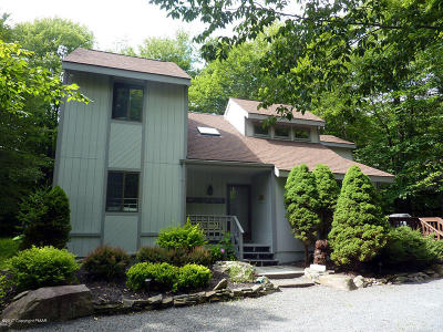 Pocono Pines Single Family Home For Sale: 199 Crocketts Crescent