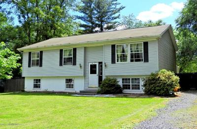 Stroudsburg Single Family Home For Sale: 122 Maple Avenue
