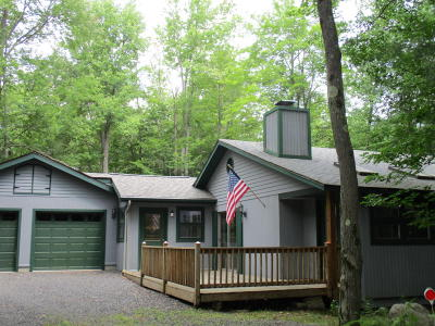 Pocono Pines PA Single Family Home For Sale: $195,000