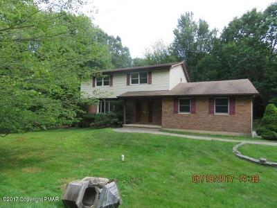 Blakeslee Single Family Home For Sale: 136 Birch Dr
