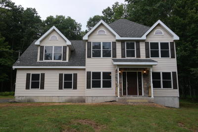 Canadensis Single Family Home For Sale: 149 Wildwood Ln