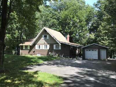 Henryville Single Family Home For Sale: 2235 Lake Drive