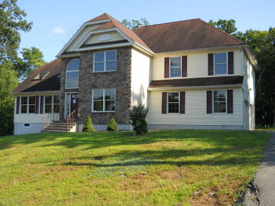 East Stroudsburg Single Family Home For Sale: 236 Waverly Dr