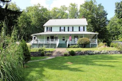 Henryville Single Family Home For Sale: 147 McKay Rd