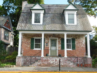 Stroudsburg Single Family Home For Sale: 533 Thomas St