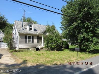 Lehigh County, Northampton County Single Family Home For Sale: 4484 S Delaware Dr