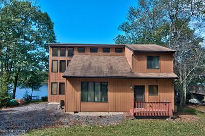 Pocono Lake Single Family Home For Sale: 1467 Arrowhead Dr