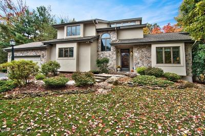 Lake Harmony Single Family Home For Sale: 15 Woods End