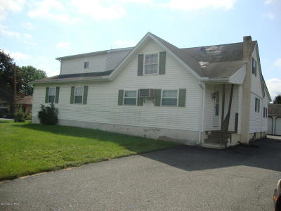 Single Family Home For Sale: 124 Greenview Dr