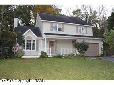Upper Mt. Bethel Single Family Home For Sale: 145 Lenape Trl