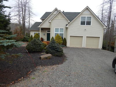 Pocono Pines Single Family Home For Sale: 122 Skytop Rd