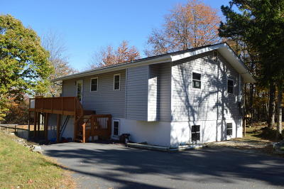 Long Pond Single Family Home For Sale: 371 Clearview Dr