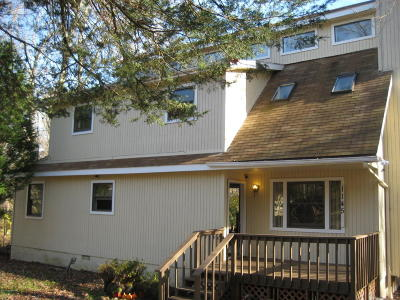 East Stroudsburg Single Family Home For Sale: 1145 S Lake Of The Pines Blvd