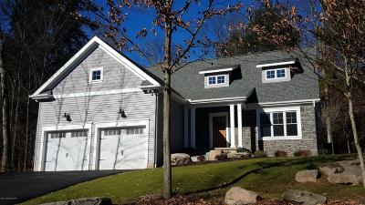 Blakeslee Single Family Home For Sale: 166 Lexington Ln