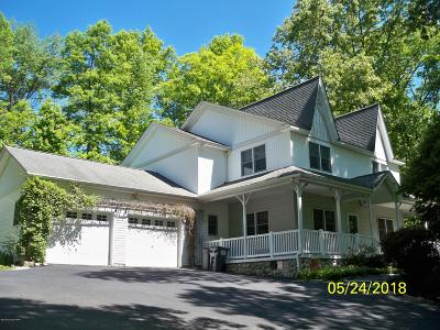 Stroudsburg Single Family Home For Sale: 1925 Kyle Dr