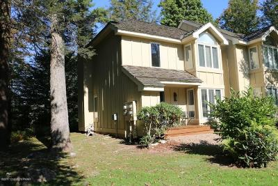 Pocono Pines Single Family Home For Sale: 321 Chickagami Ln
