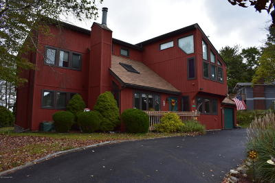 Long Pond Single Family Home For Sale: 2496 Long Pond Rd