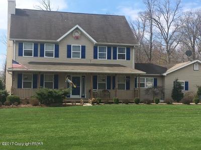 Lehigh County, Northampton County Single Family Home For Sale: 2327 Lake Minsi Dr