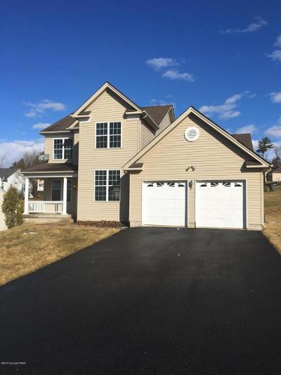 Country Club Of The Poconos Single Family Home For Sale: 3104 Pine Valley Way