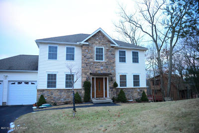 East Stroudsburg Single Family Home For Sale: 126 Peace Falls Road