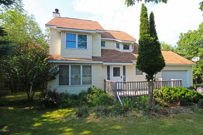 Blakeslee Single Family Home For Sale: 2356 Candlewood Dr