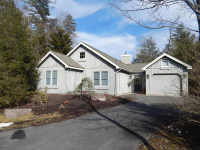 Pocono Pines Single Family Home For Sale: 123 Nawakwa Rd