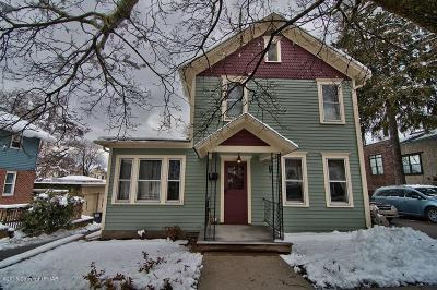 Stroudsburg Single Family Home For Sale: 311 N 8th St