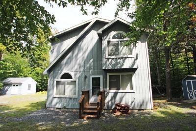 Pocono Lake Single Family Home For Sale: 7157 Winnebago Dr