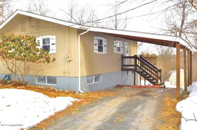 Long Pond Single Family Home For Sale: 1065 Clover Rd