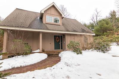 Pocono Pines Single Family Home For Sale: 122 Nawakwa Rd