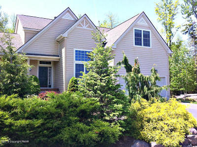 Pocono Pines Single Family Home For Sale: 211 Hermit Thrush Rd