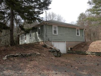 East Stroudsburg Single Family Home For Sale: 549 Marshalls Creek Rd