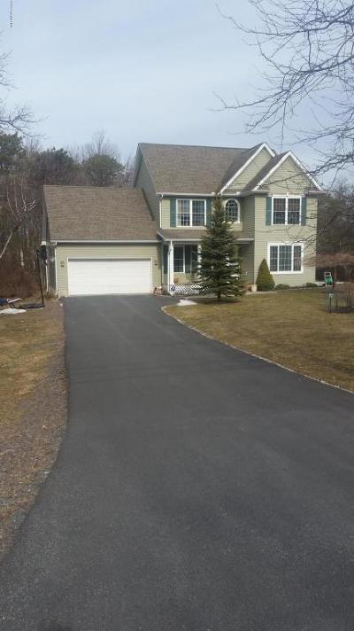 Long Pond Single Family Home For Sale: 1033 Clover Rd