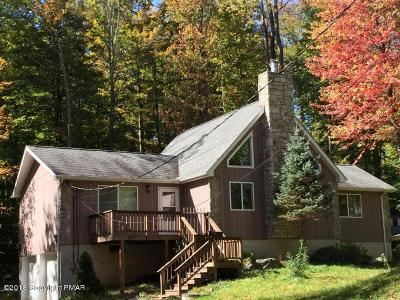 Pocono Lake Single Family Home For Sale: 1685 Stag Run