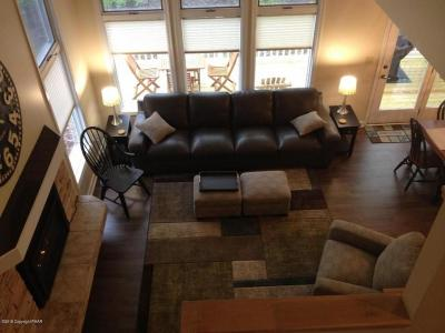 Lake Harmony Single Family Home For Sale: 52 Laurelwood Dr