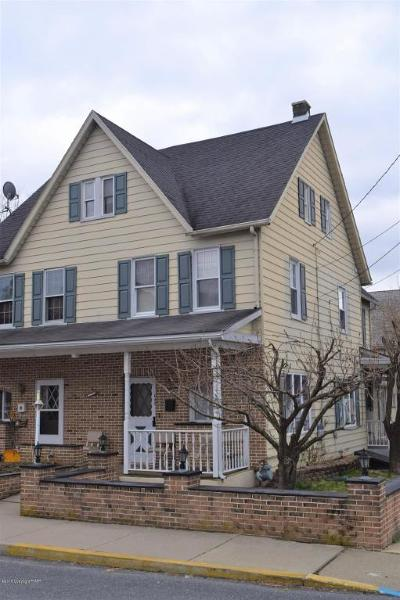 Pen Argyl Single Family Home For Sale: 642 George St