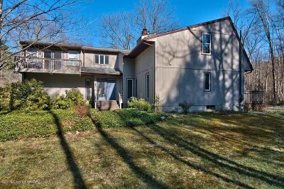 Stroudsburg Single Family Home For Sale: 465 Pensyl Crk