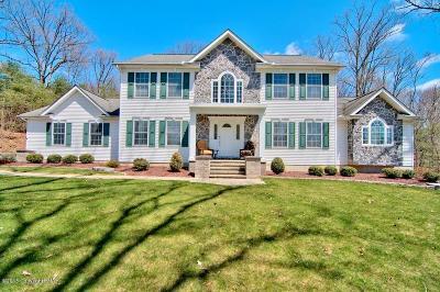 Stroudsburg Single Family Home For Sale: 1815 Ryan Lane