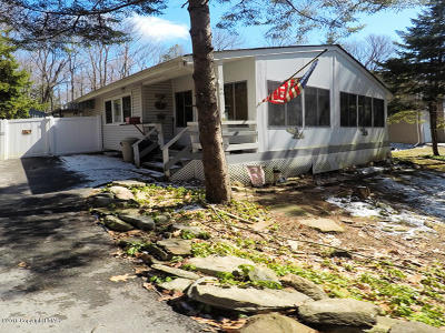 Pocono Summit Single Family Home For Sale: 2110 Vacation Ln