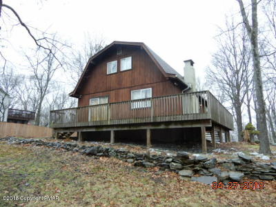 East Stroudsburg Single Family Home For Sale: 223 Clubhouse Dr