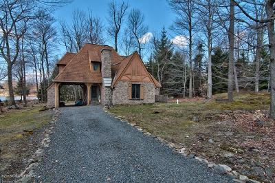 Canadensis Single Family Home For Sale: 101 Cherry Point Circle