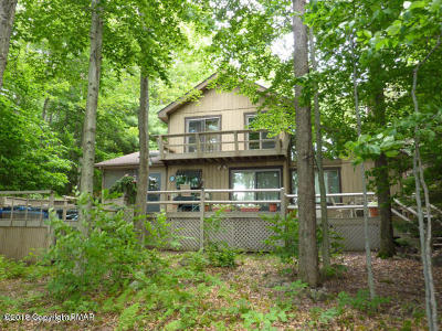 Pocono Pines Single Family Home For Sale: 3220 Tall Timber Lake Rd