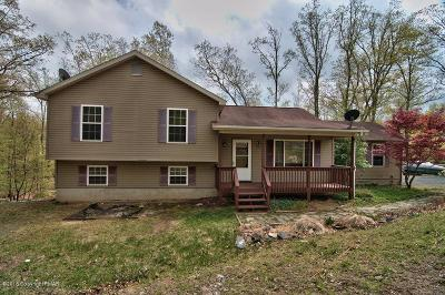 Henryville Single Family Home For Sale: 204 Whitetail Rd