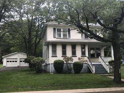 Mount Pocono Single Family Home For Sale: 64 Fairview Ave.