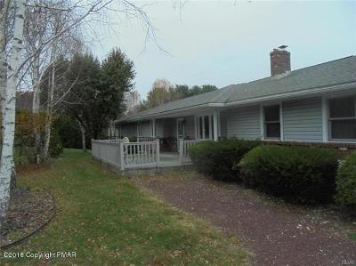 Monroe County Single Family Home For Sale: 986 Hideaway Hill Rd